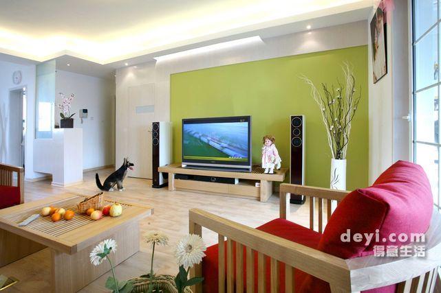 客厅的面积是30平米左右 电视墙该如何装修呢 给点意见 家居装饰 得意