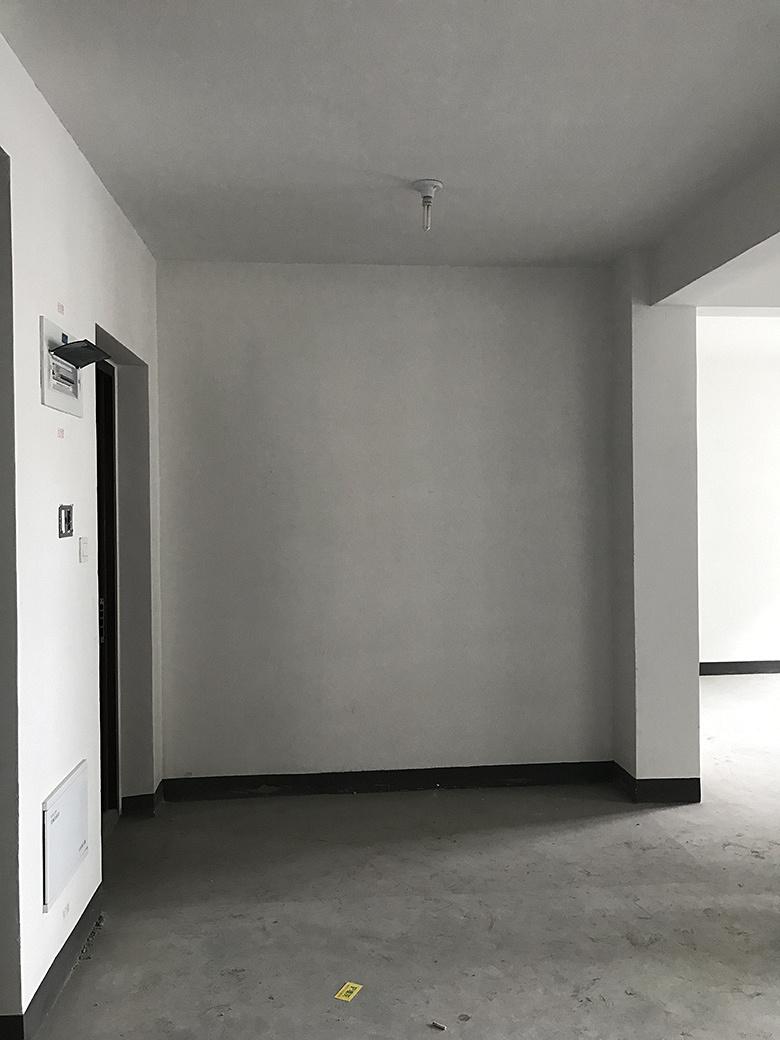 墙 (1).jpg